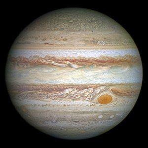 300px-Jupiter_and_its_shrunken_Great_Red_Spot